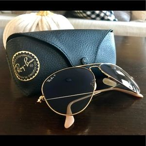 Brand new aviator Ray Bans, peach/gold, 58mm, case